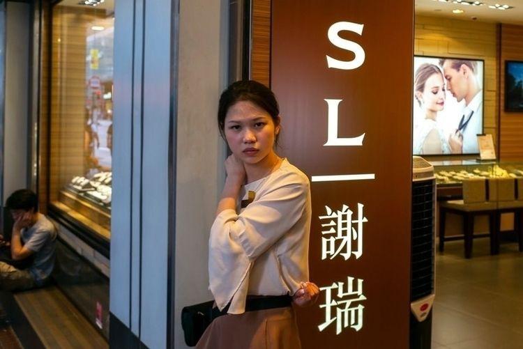 hongkong, hk, hug, staff, love - karlwong422 | ello