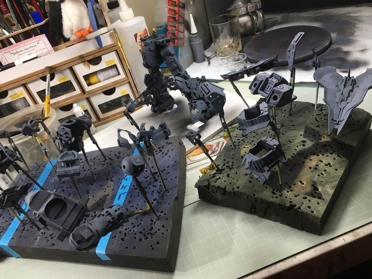 frame parts posed fixed place,  - modelmakingguru | ello