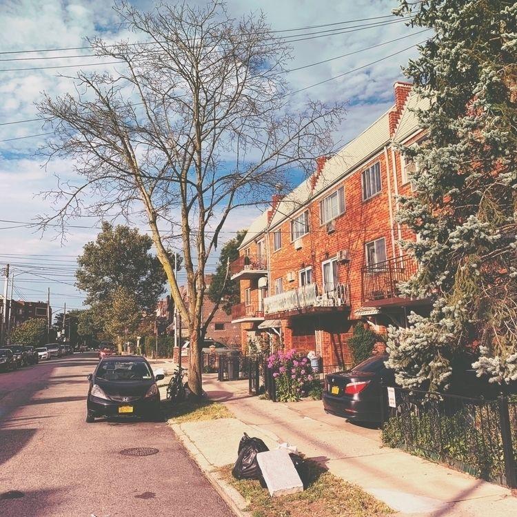 Morning Ridgewood, Queens - oliverbo   ello