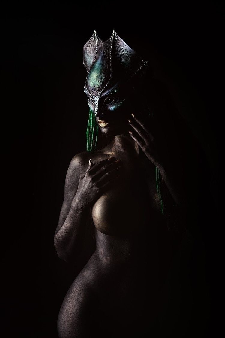 """Alien"" – Photographer: Warped  - darkbeautymag 
