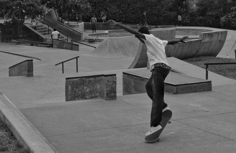 skateboard ballet - flaneurity | ello