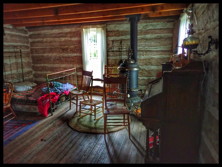 Reynolds Cabin 1873 Golden, Col - anorexiclocusts | ello