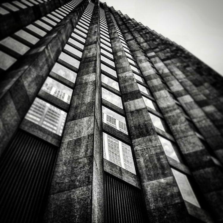 struktur 7  - swartzundweiß, blackandwhite - on_mars | ello