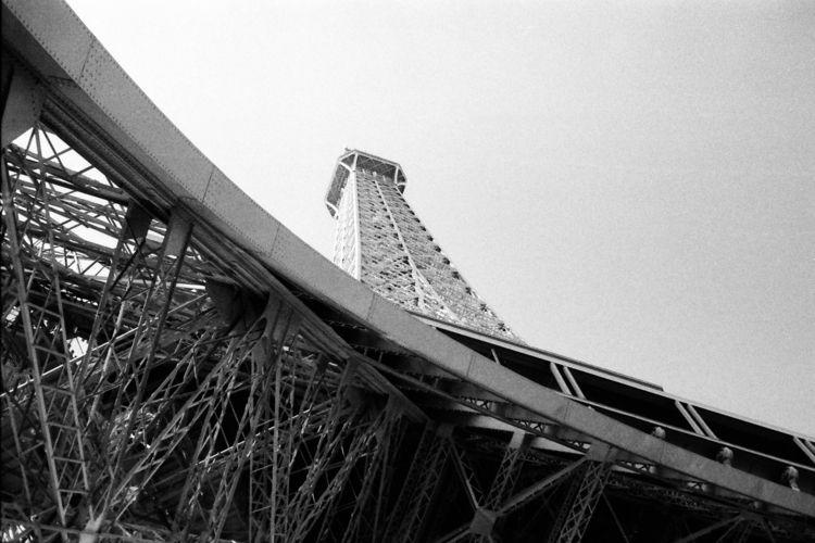 Eiffel Tower, Paris. September - stephen_paul | ello