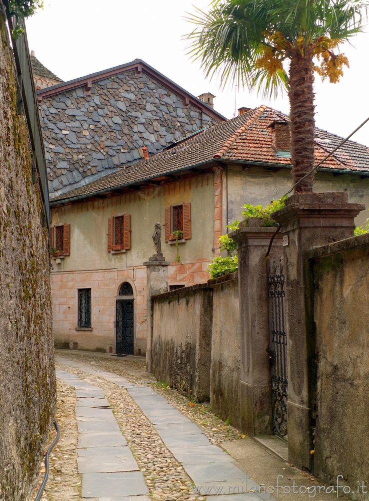 San Giulio (#Novara, Walking Is - milanofotografo | ello