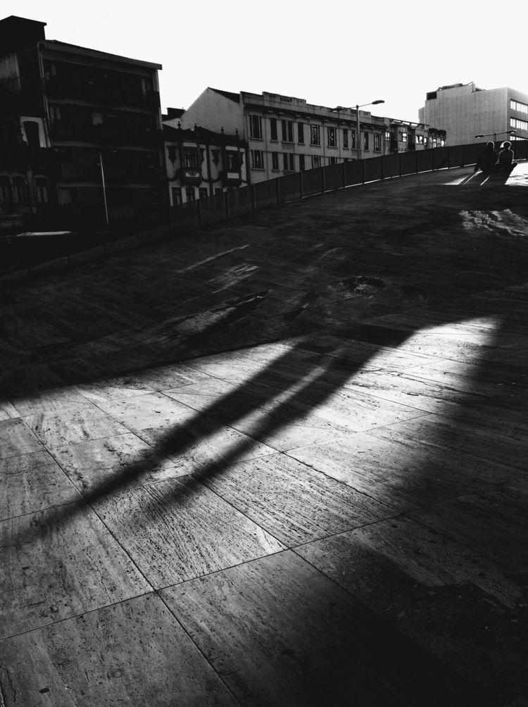 Giant lovers Porto, Portugal - blackandwhitephotography - teresaforever   ello