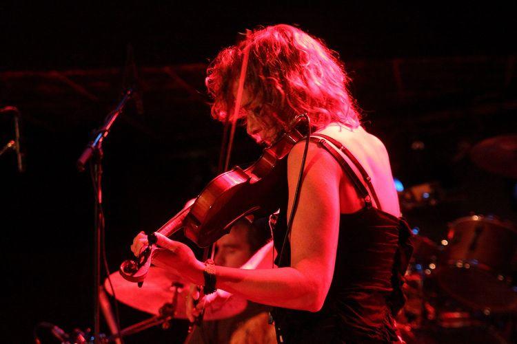 Call Musicians Performing Artis - sharedmedium | ello