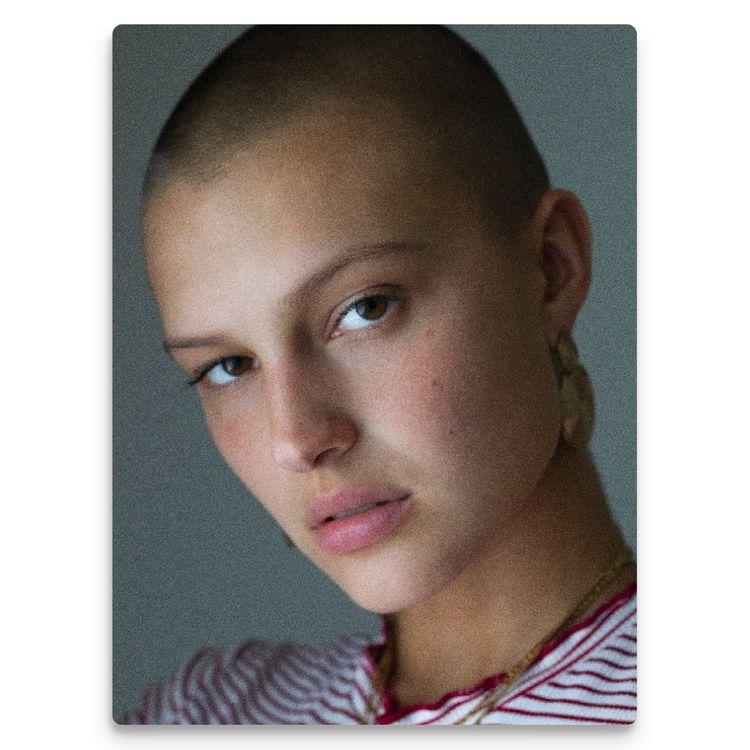 Stunning Celina powerful head s - bennhealy | ello