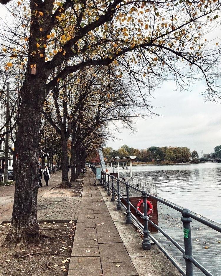 Alster lake :heart:️  - hamburg - stobalali   ello