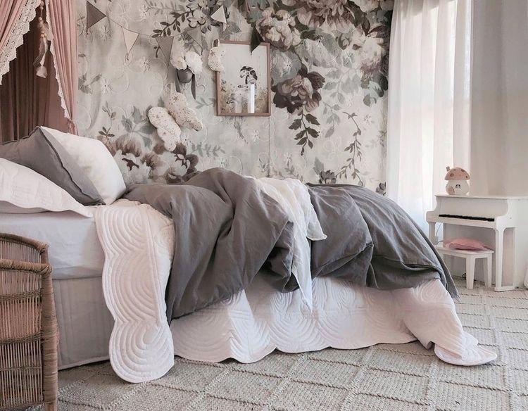'𝐻𝒶𝓇𝓁𝑜𝓌'𝓈 𝓇𝑜𝑜𝓂' ♡ Sweet dreams  - bonnemereaustralia | ello