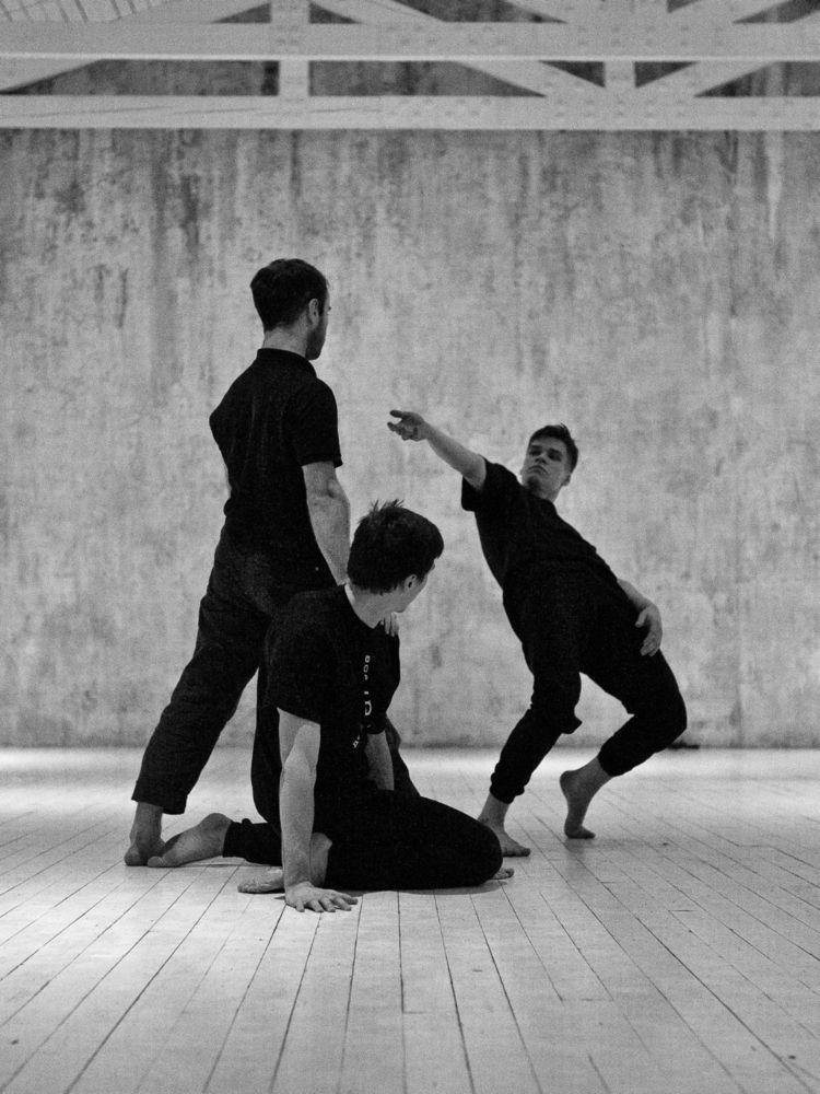 Physical theatre Dialog Lab - ello - zokinatif | ello