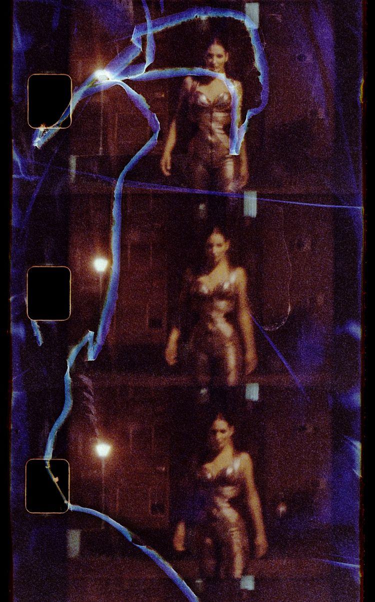 Super-8 frame dancer Anja Madly - stikka | ello