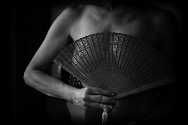 shiver - body, blackandwhitephotography - anagilbert   ello