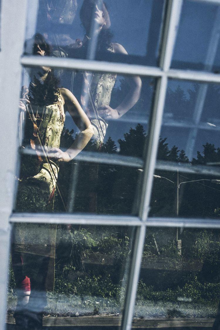 window featuring ATL model, act - bmishawn | ello