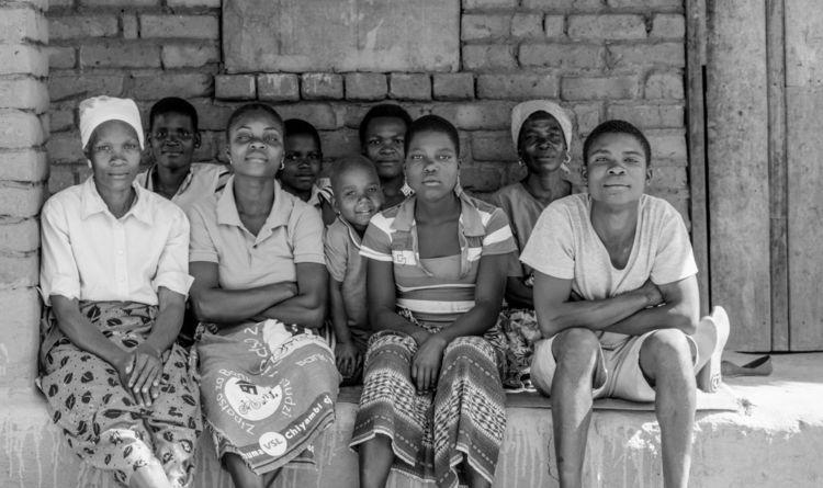 Liberia | Family - photography, liberia - sr27pakbird | ello
