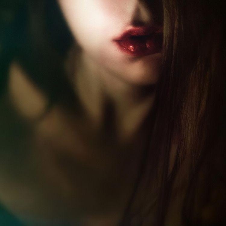 Philomena Famulok, Night noise - romporn | ello
