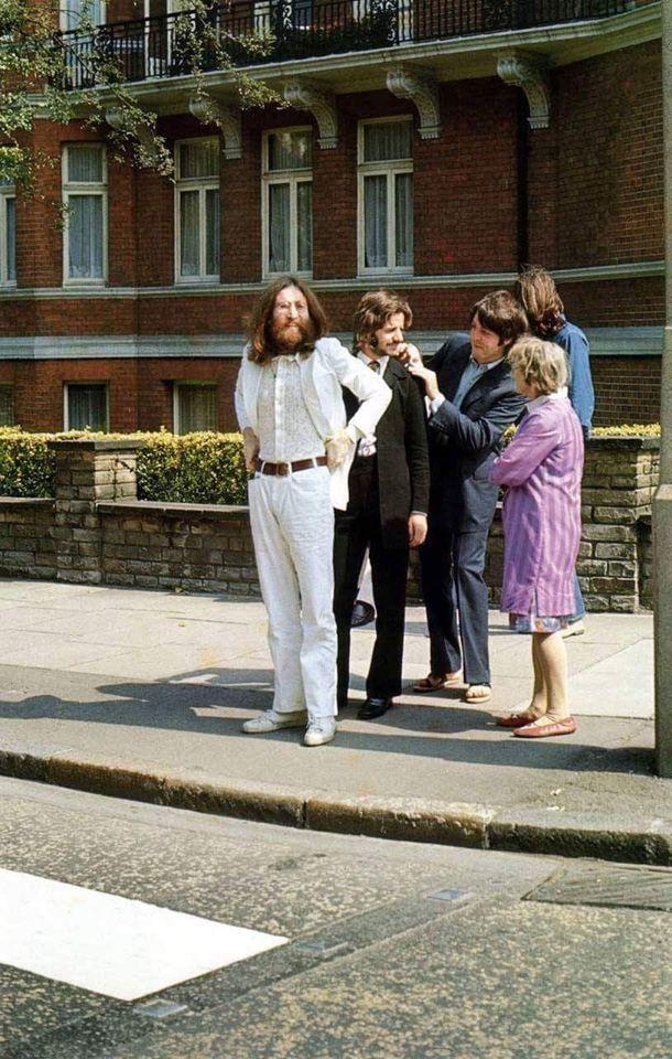 Beatles ready Abby Road - oldendaze | ello