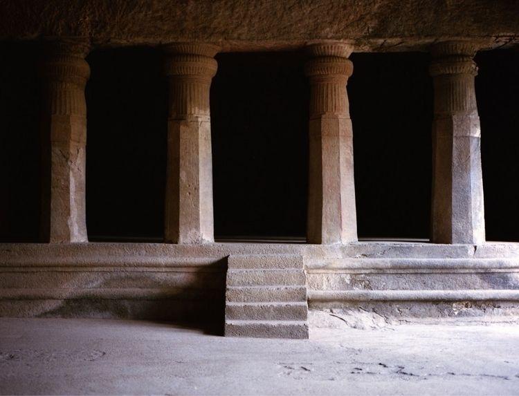 Cave temples Elephanta island.  - kaikousa | ello