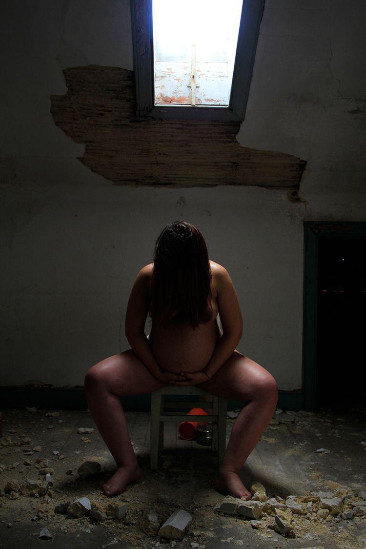 Pregnant woman - frankie-boy | ello
