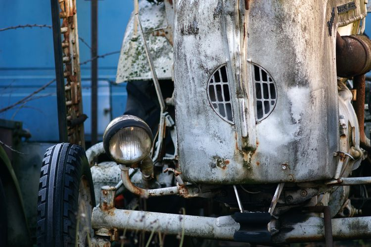 Machina - photography, metal, decay - marcushammerschmitt | ello