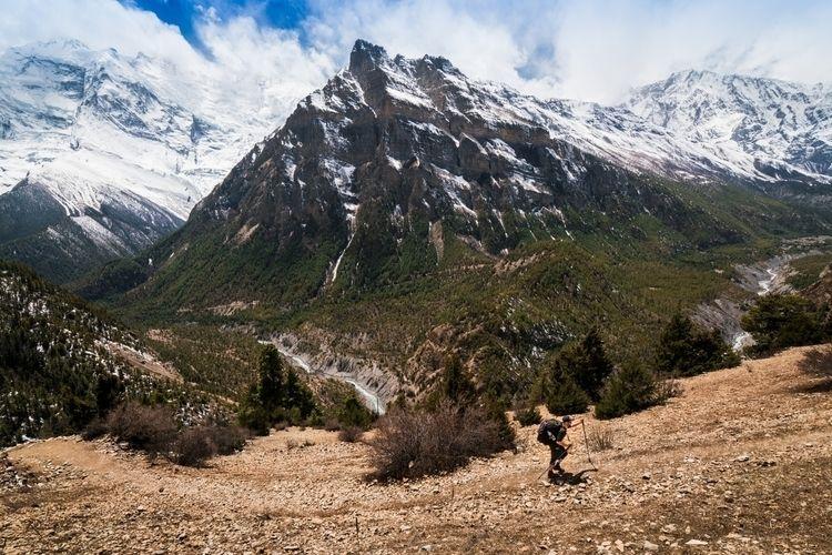 Annapurna, Nepal shot buddy Chr - dis_satisfied | ello