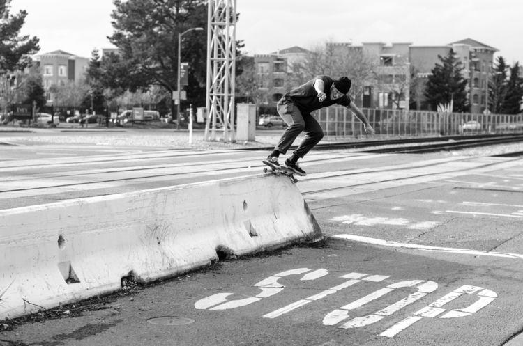 Bobby Groves, barrier wallie 50 - scienceskateboards | ello