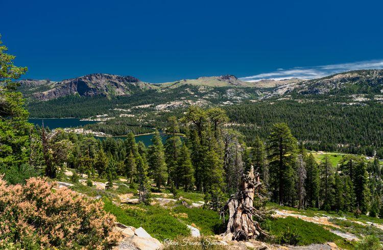 Silver Lake, Sierra Nevada phot - photosasart   ello