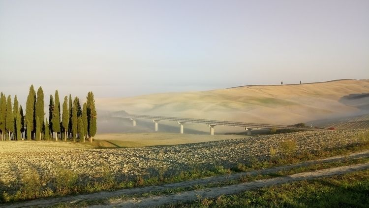 misty bridge, Tuscany, Italy - ravusunicus | ello