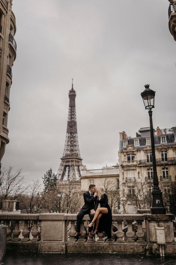 PARIS love - paris, eiffeltower - parisphotographers   ello