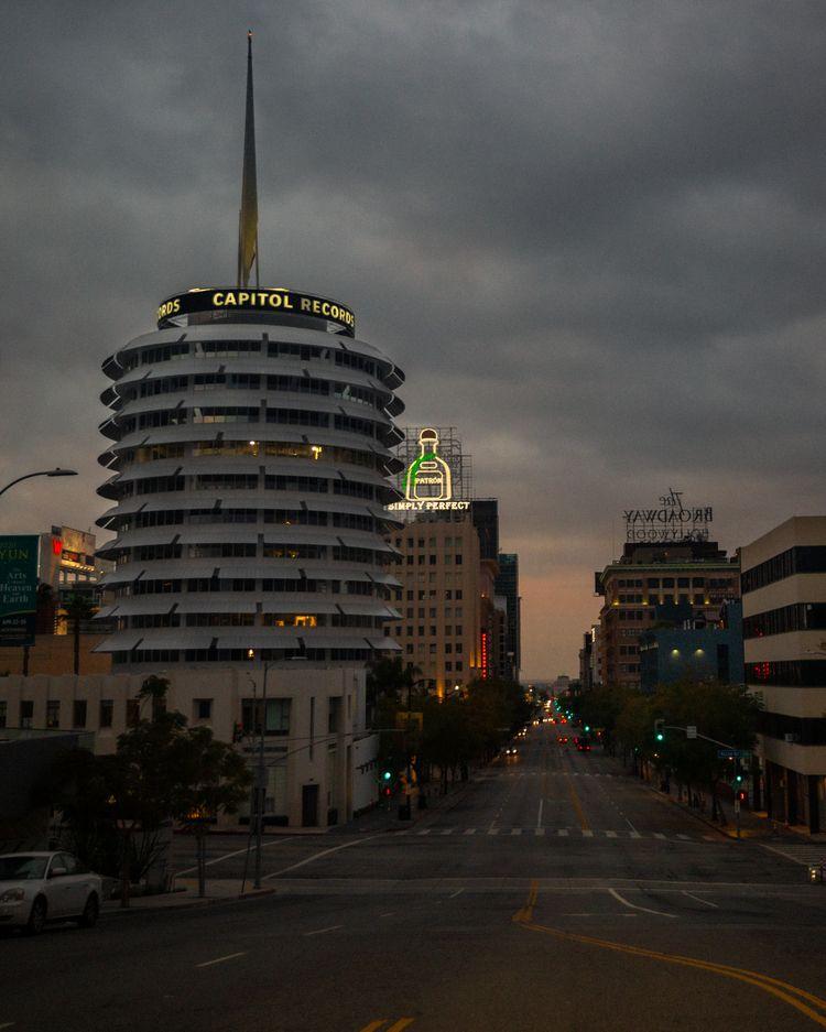 Los Angeles Days Pandemic Vine  - tchickphoto | ello
