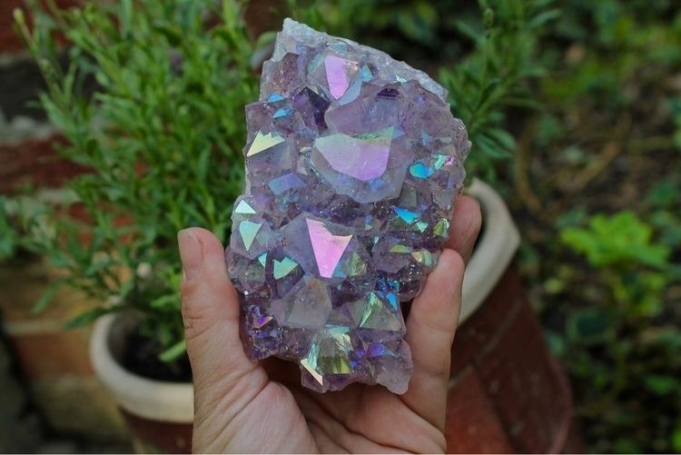 Aura amethyst - crystalshop, greenwitch - gypsyhawaii | ello