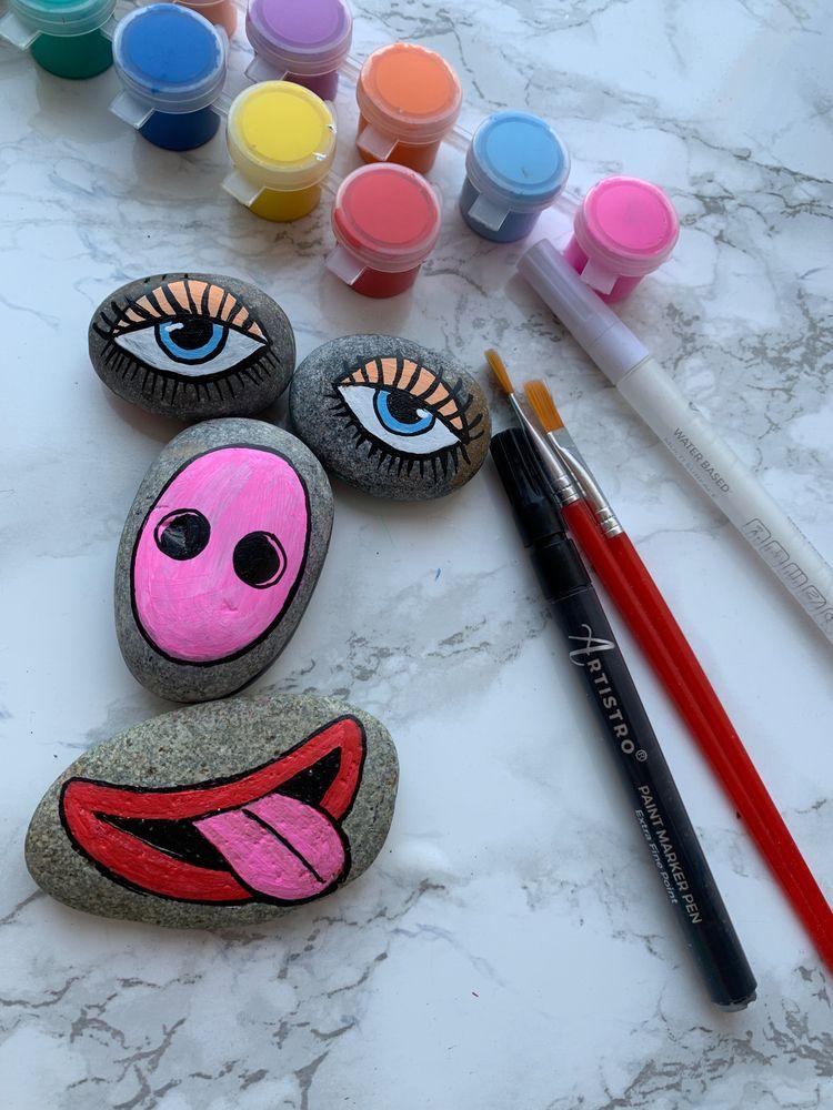 Funny Painted Stones - artistro | ello