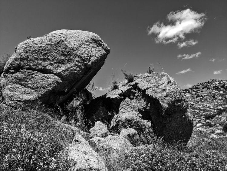 Lakeview Boulders 18 - bw, bnw, blackandwhite - takwish | ello