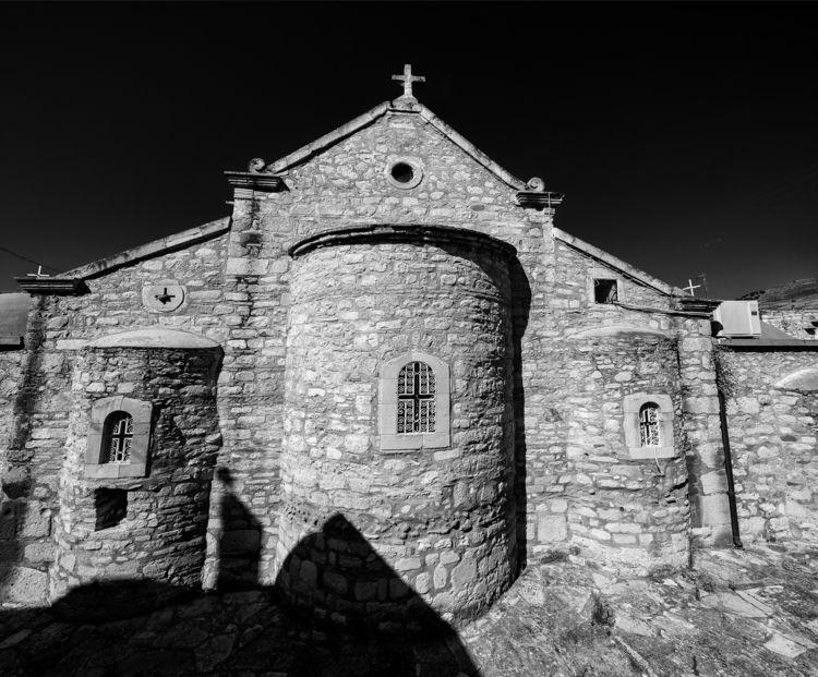 cutting knife church view villa - christofkessemeier | ello
