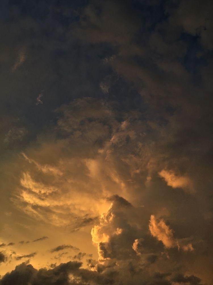 Nice orange sunset sky thunders - mikefl99 | ello