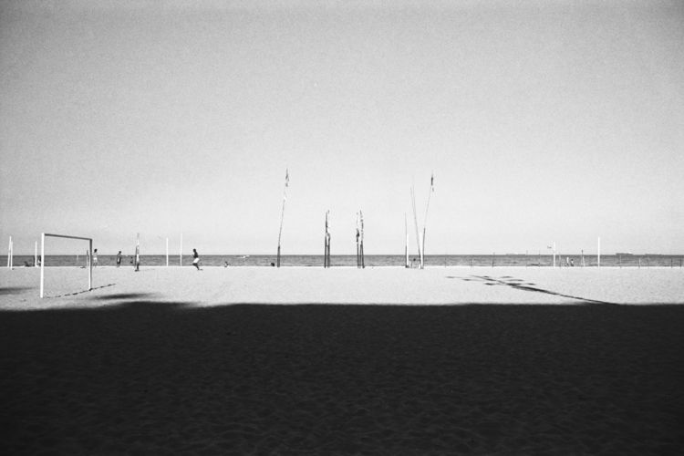 beach lines olympus mjuII/ koda - andressaguerra   ello