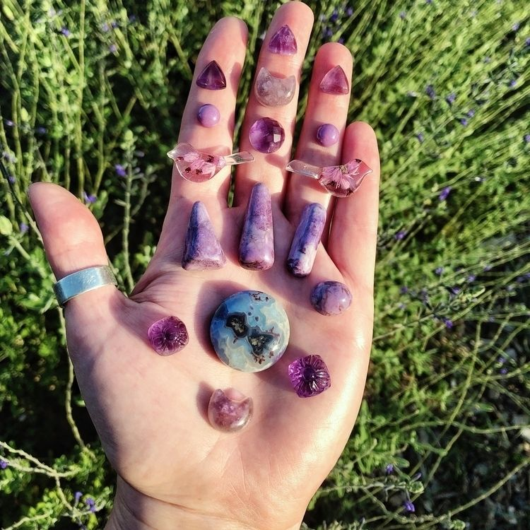 Lovely amethyst, lepidolite, ps - b_worsfold | ello