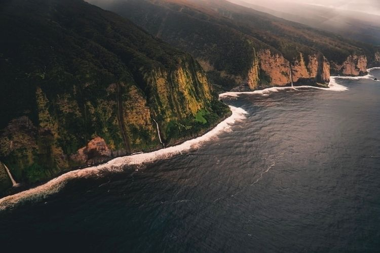 waterfalls, epic bit coastline - fokality   ello