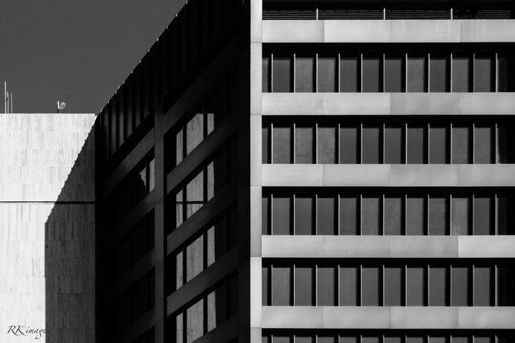blackandwhite, city, urban - richiekidd | ello