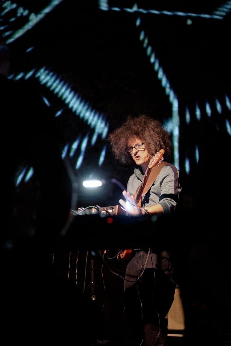 Conjurer Experimental guitarist - marcushammerschmitt | ello