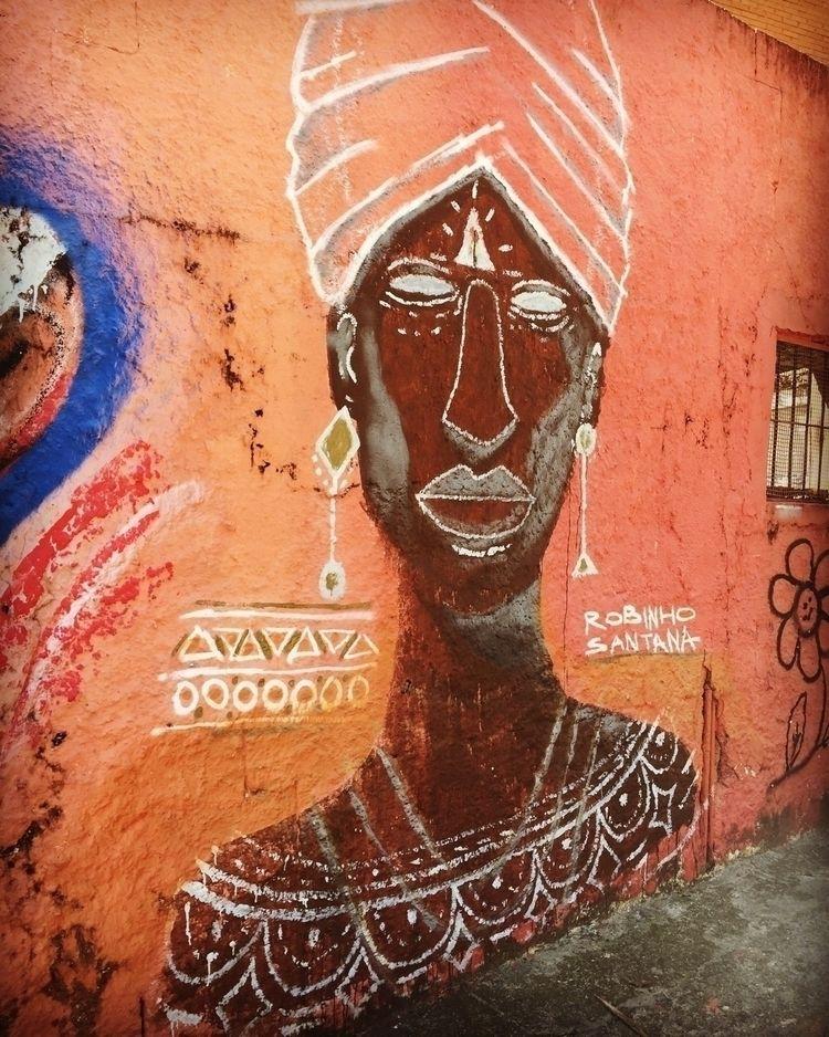 Bixiga, São Paulo, Brasil, Robi - casparmenke | ello