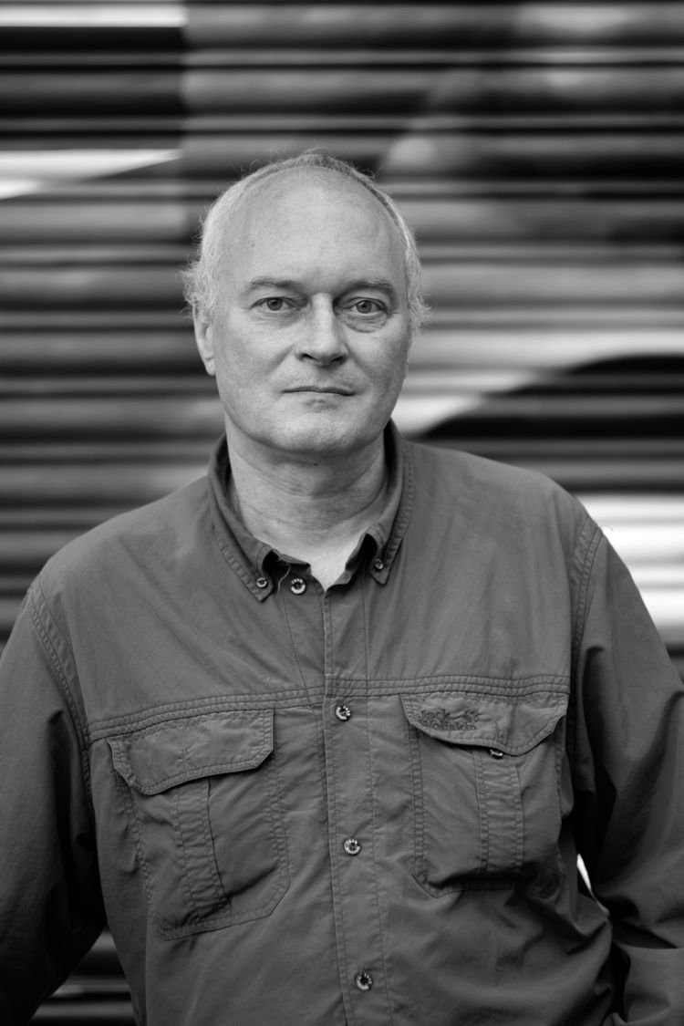 Editor III Portrait Michael Raf - marcushammerschmitt | ello