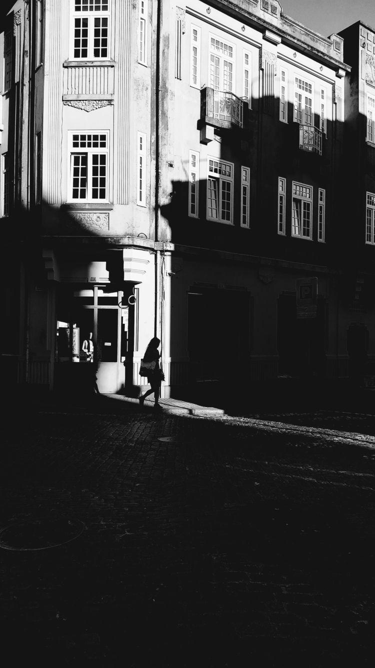grab Porto, Portugal - streetphotography - teresaforever   ello