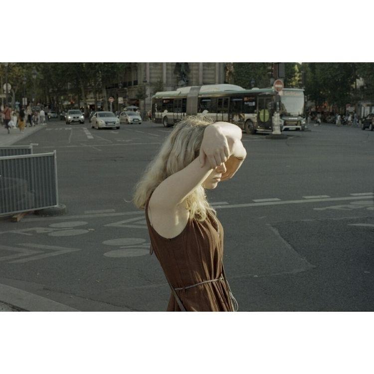 Paris - guyleguiff | ello
