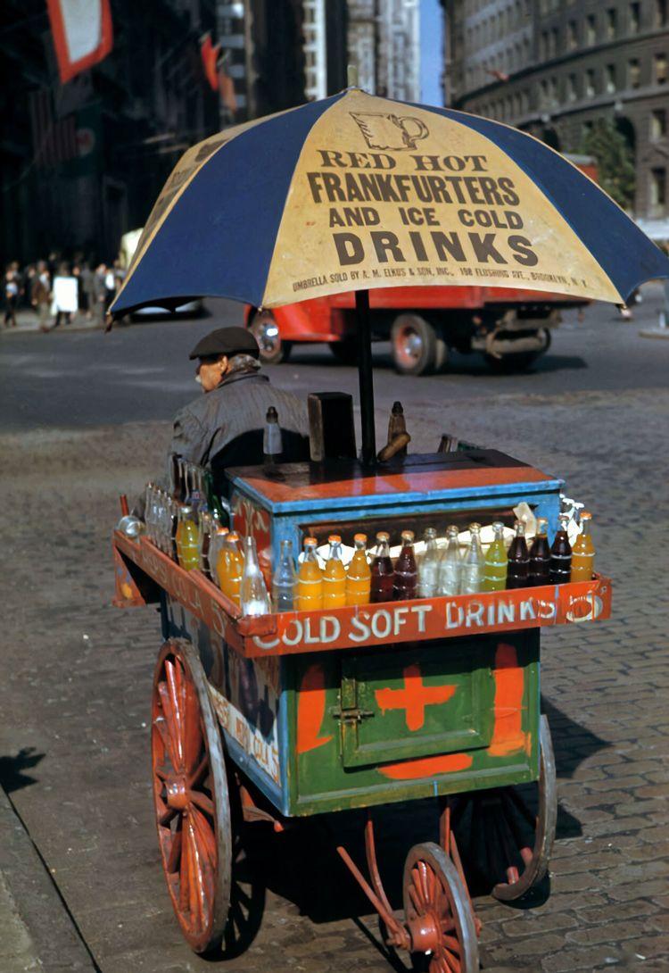Drink wagon, Bowling Green, NYC - arthurboehm | ello