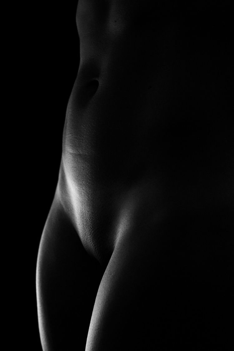 Soft Lines Sharp Contrast - photography - skuthus | ello