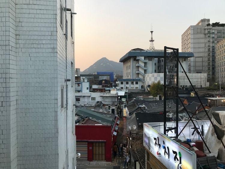 Seoul - korea - dereknicholson | ello