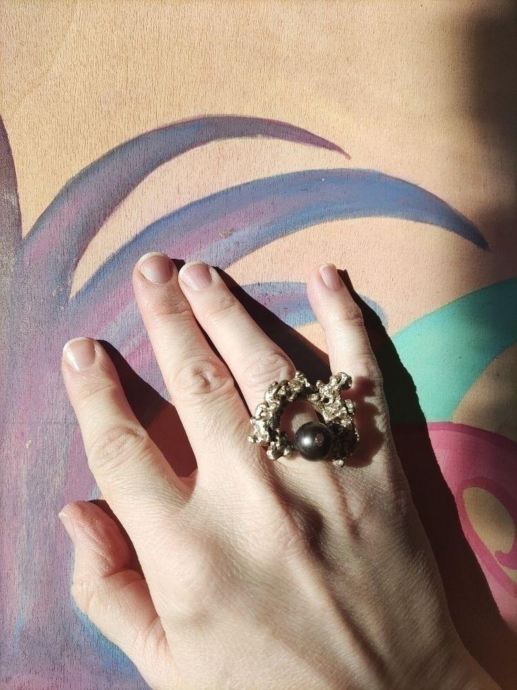 sweetie brass black pearl ring - mariaelen | ello