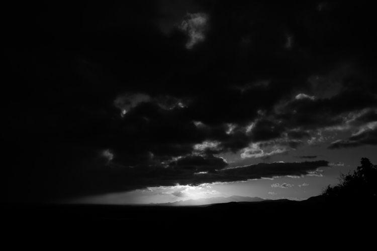 sun find clouds morning. januar - yannkerveno   ello