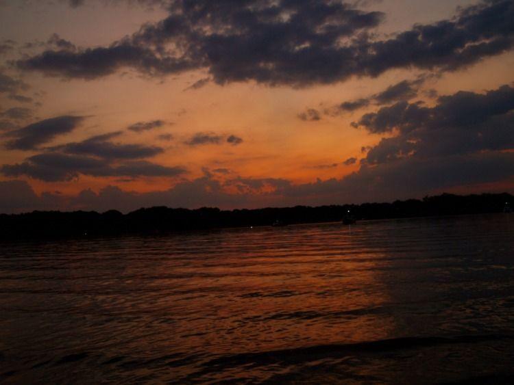 Sunset Reiswerder Strand Lake,  - emmvlp | ello